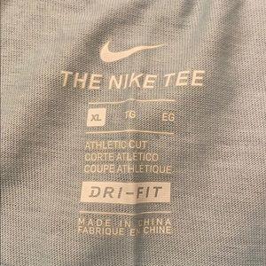 Nike boys tee shirt